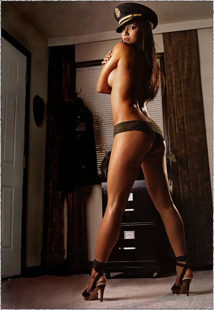 Голая обнаженная Kelly Hu | Келли Ху интимные фото звезды