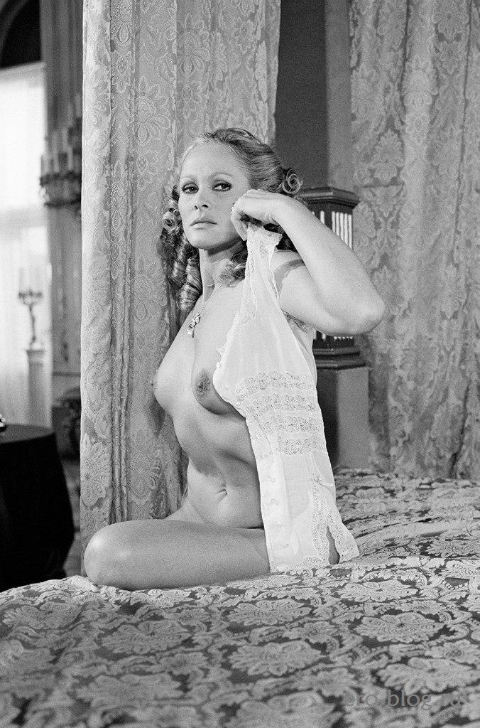 Голая обнаженная Ursula Andress | Урсула Андресс интимные фото звезды