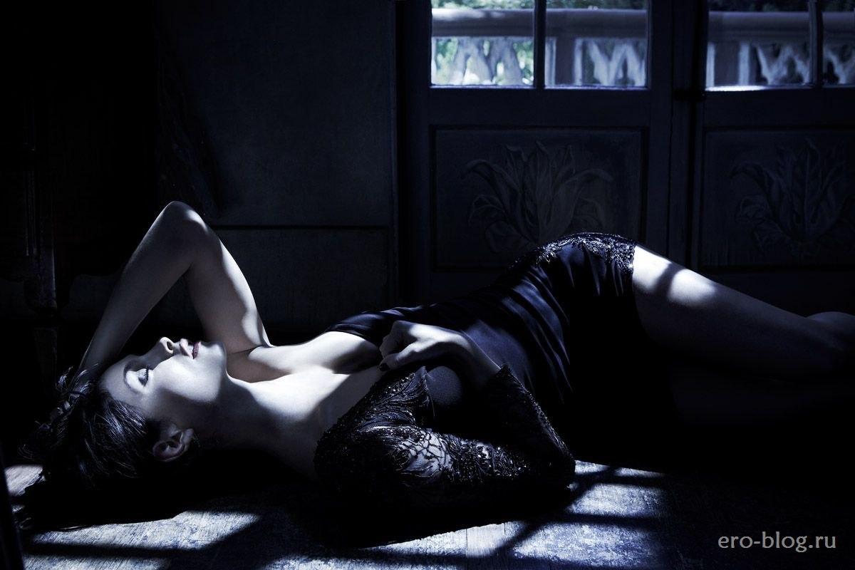 Голая обнаженная Morena Baccarin   Морена Баккарин интимные фото звезды