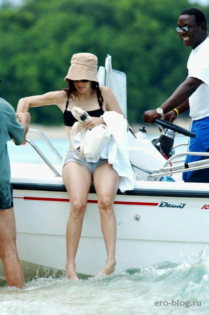 Kim sharma hot
