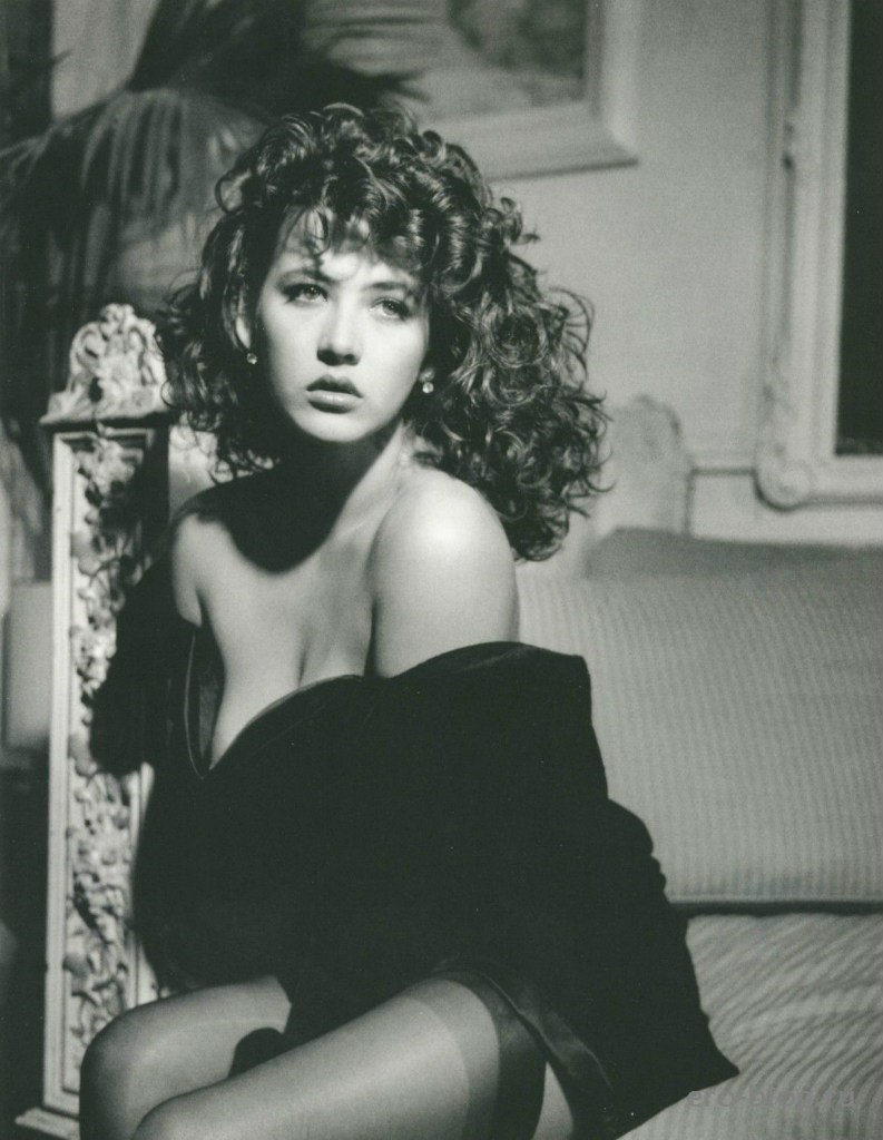Голая обнаженная Sophie Marceau   Софи Марсо интимные фото звезды