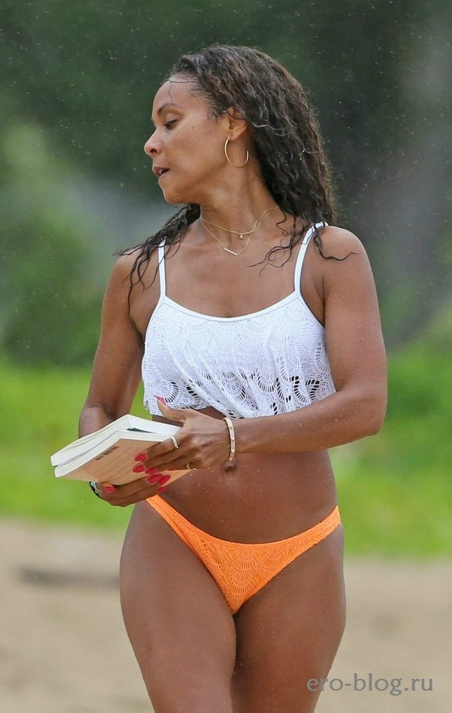 Jada Pinkett-Smith (33)
