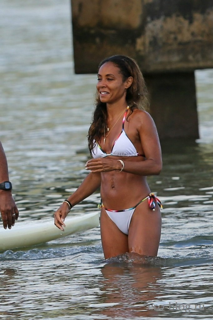 Jada Pinkett-Smith (37)