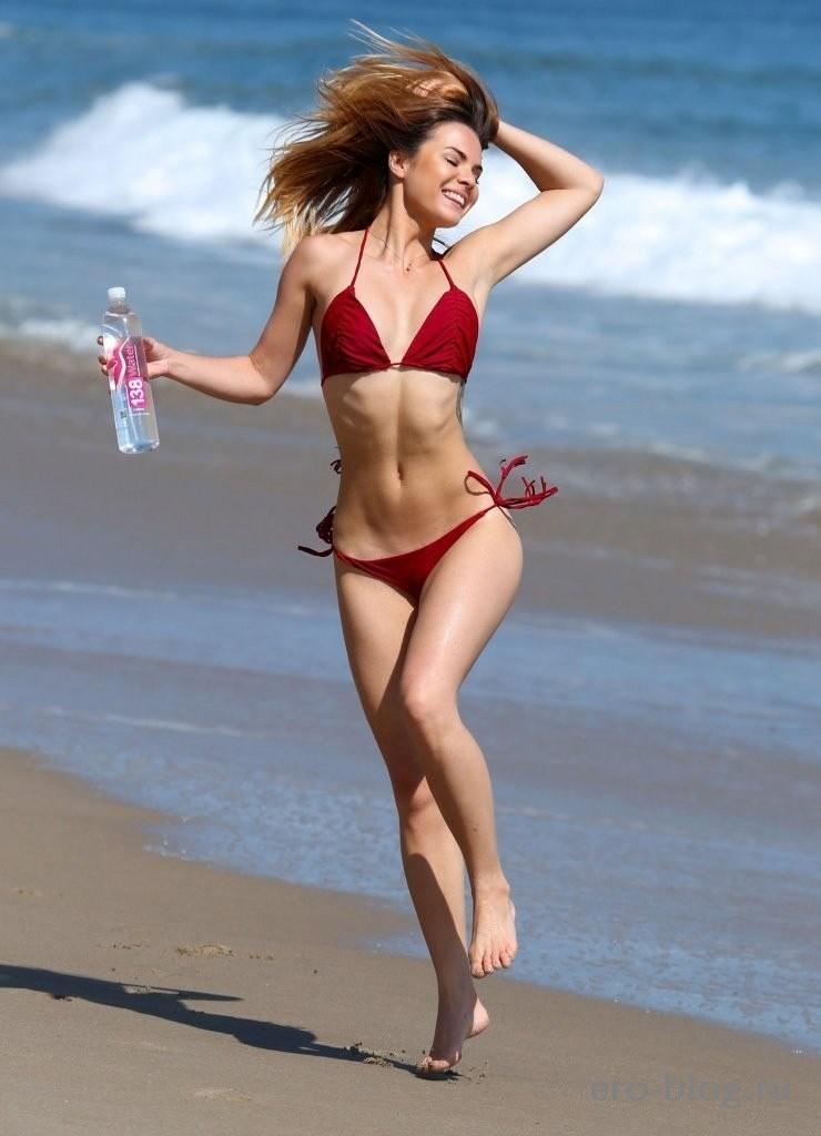 Kaili Thorne (9)
