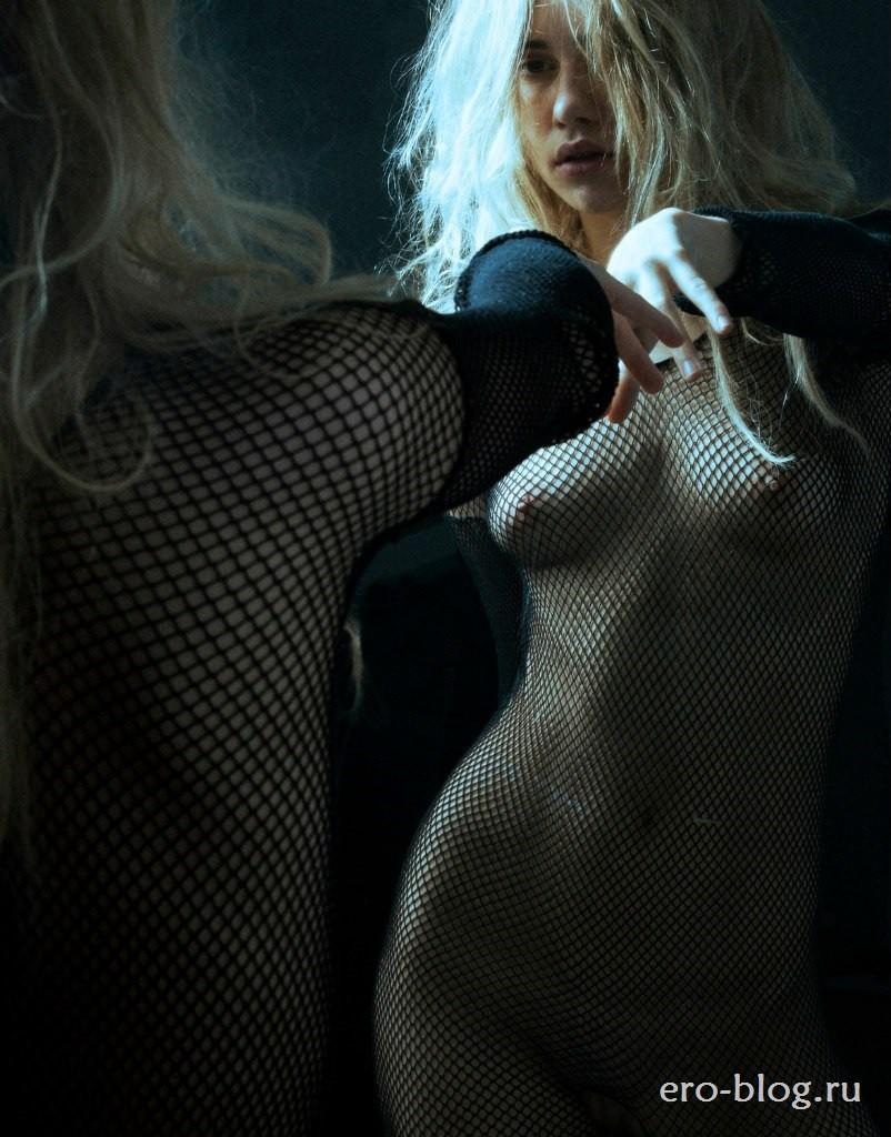 Голая обнаженная Suki Waterhouse | Сьюки Уотерхаус интимные фото звезды
