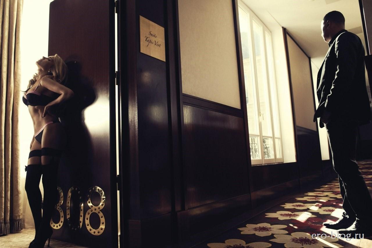 Голая обнаженная Sylvie Van Der Vaart | Сильвия Ван дер Варт интимные фото звезды