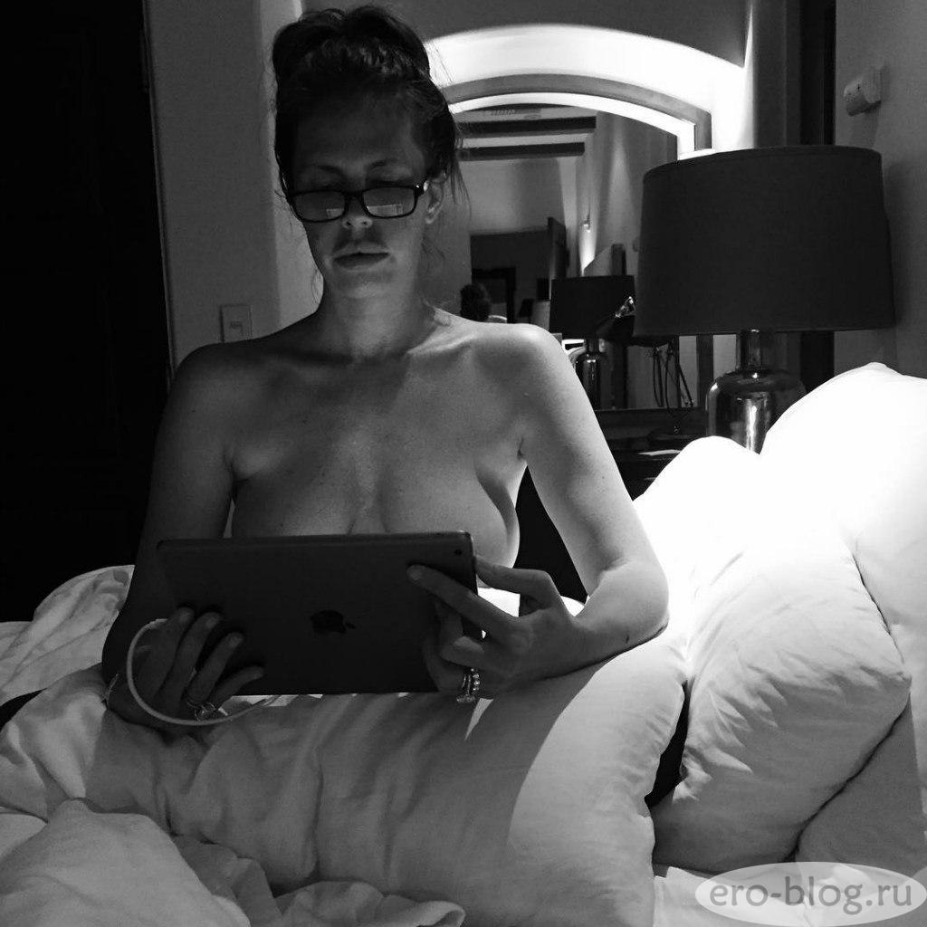 Голая обнаженная Nikki Cox   Никки Кокс интимные фото звезды