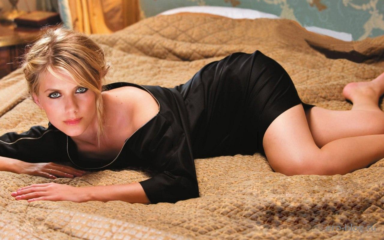 Голая обнаженная Мелани Лоран интимные фото звезды