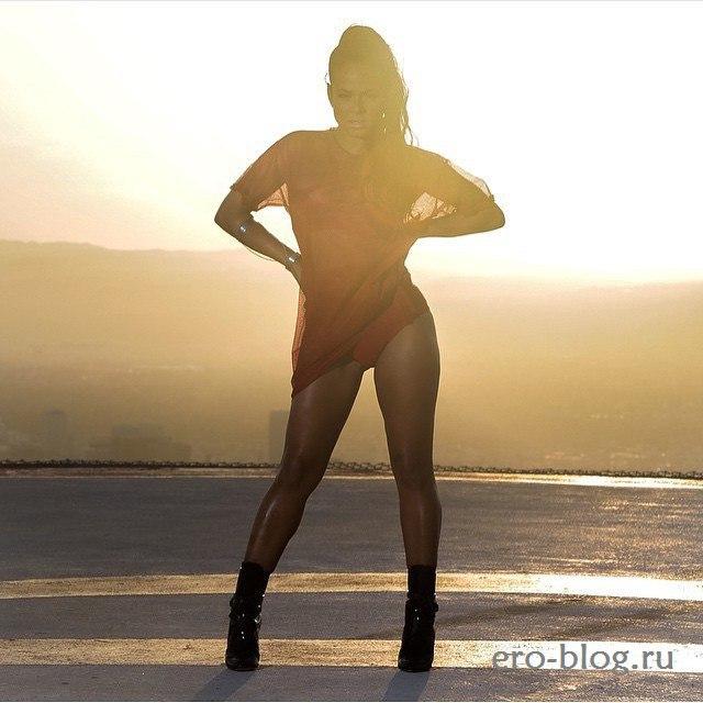 Голая обнаженная Кристина Милиан интимные фото звезды