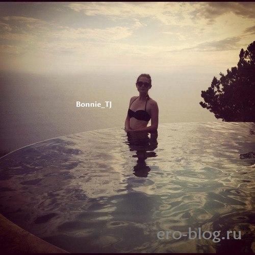 Голая обнаженная Bonnie Wright | Бонни Райт интимные фото звезды