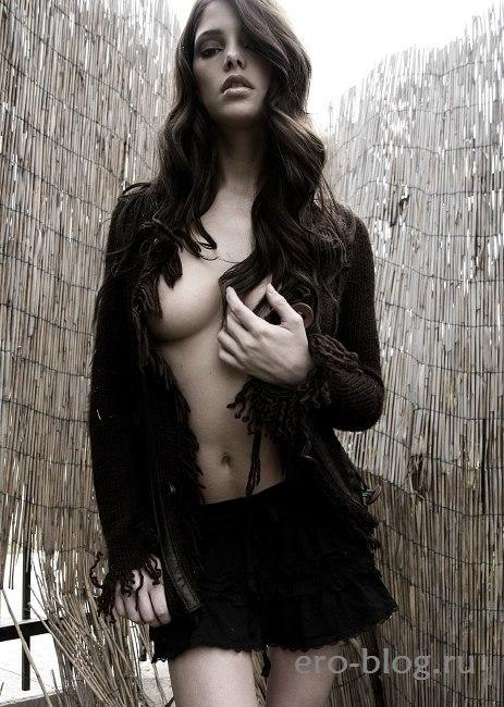 Голая обнаженная Эшли Грин интимные фото звезды