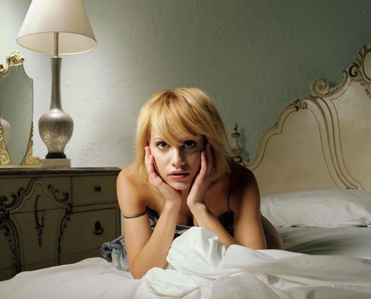 Голая обнаженная Бриттани Мёрфи интимные фото звезды