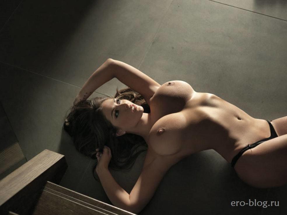 Голая обнаженная Люси Пиндер интимные фото звезды