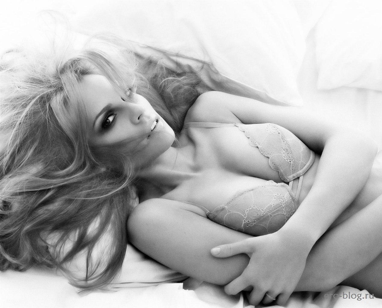 Голая обнаженная Хилари Суонк интимные фото звезды