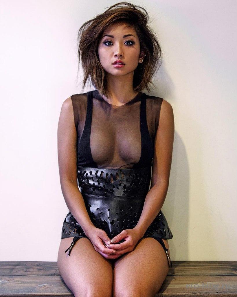 Голая обнаженная Brenda Song | Бренда Сонг интимные фото звезды