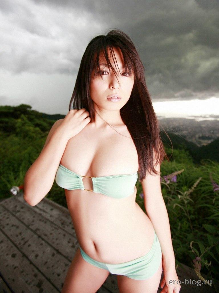 Голая обнаженная Юки Кавамура интимные фото звезды