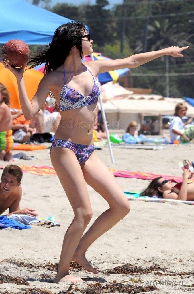 Голая обнаженная Selena Gomez | Селена Гомес интимные фото звезды