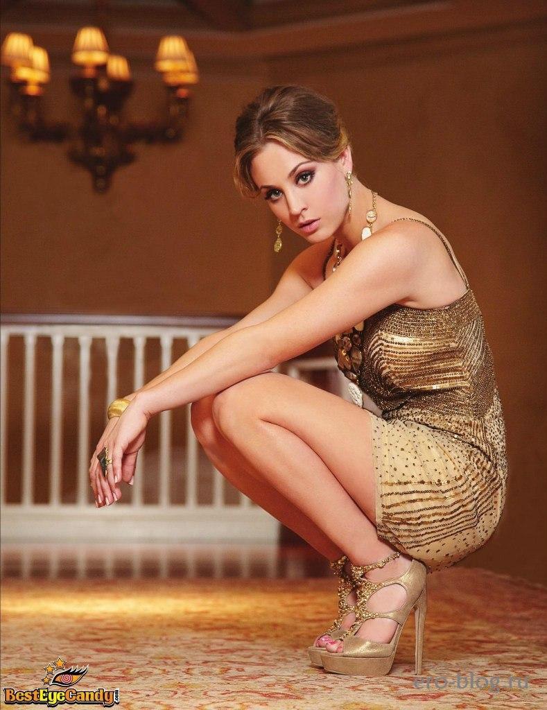 Голая обнаженная Kaley Cuoco | Кейли Куоко интимные фото звезды