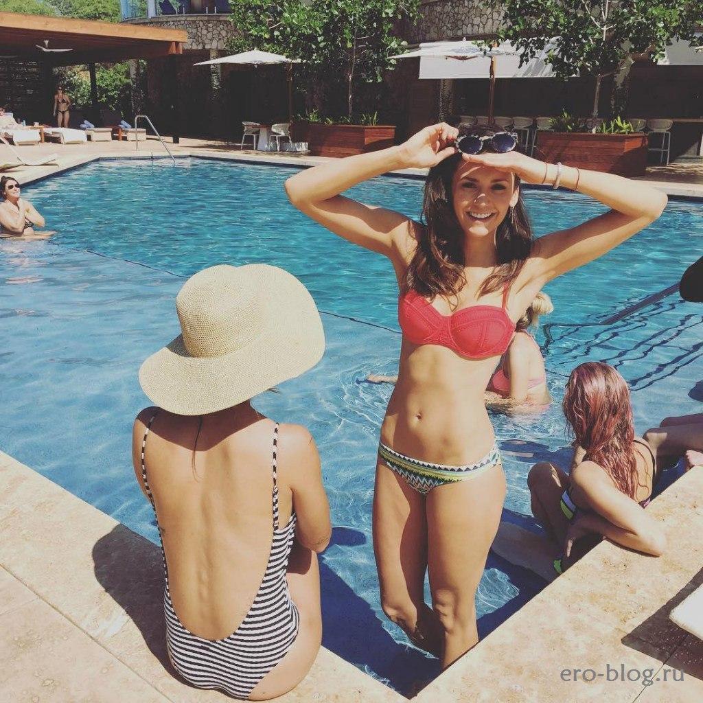 Голая обнаженная Nina Dobrev | Нина Добрев интимные фото звезды