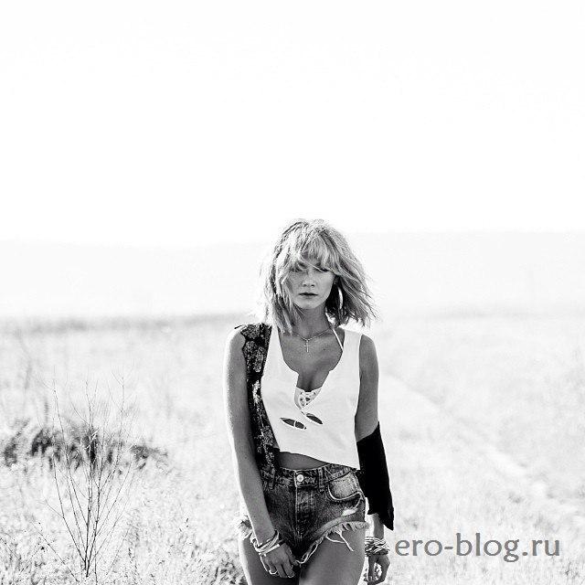 Голая обнаженная Миша Романова интимные фото звезды