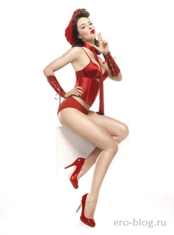 Голая обнаженная Emily Blunt | Эмили Блант интимные фото звезды