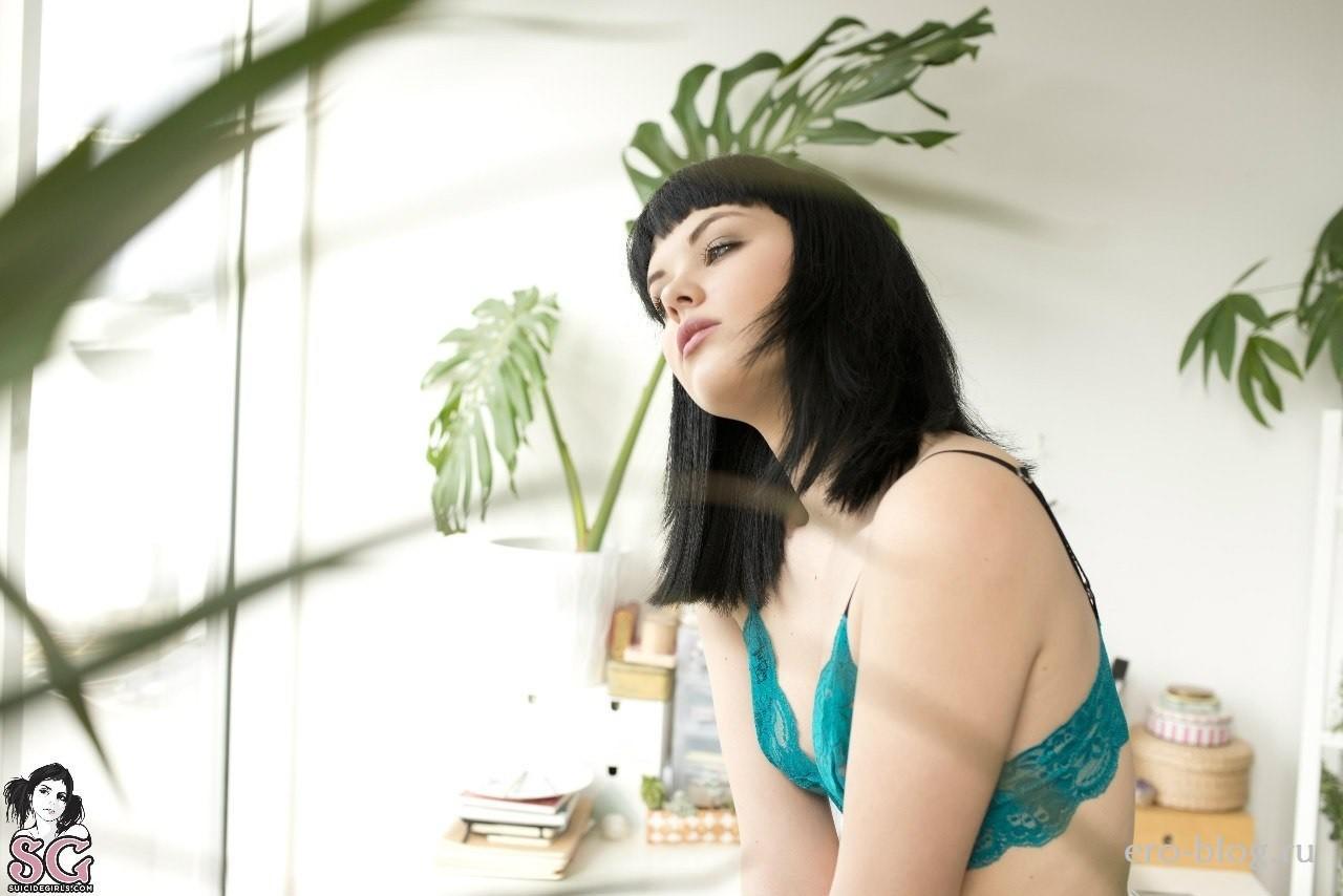 Голая обнаженная Melissa Clarke | Мелисса Кларк интимные фото звезды