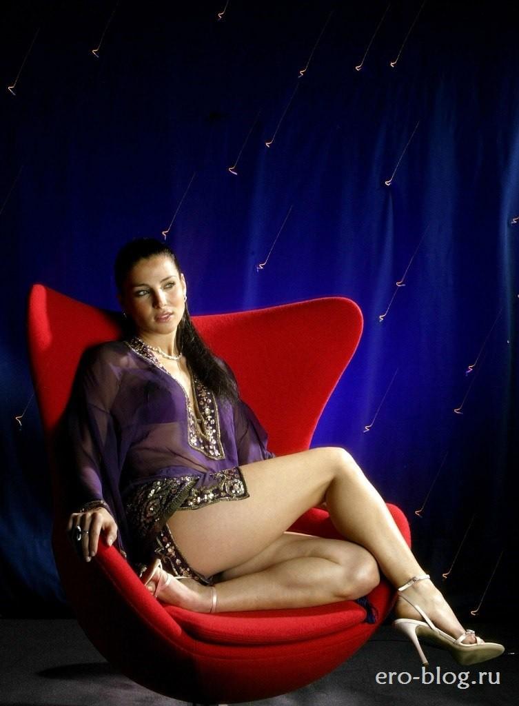 Голая обнаженная Эльза Патаки интимные фото звезды