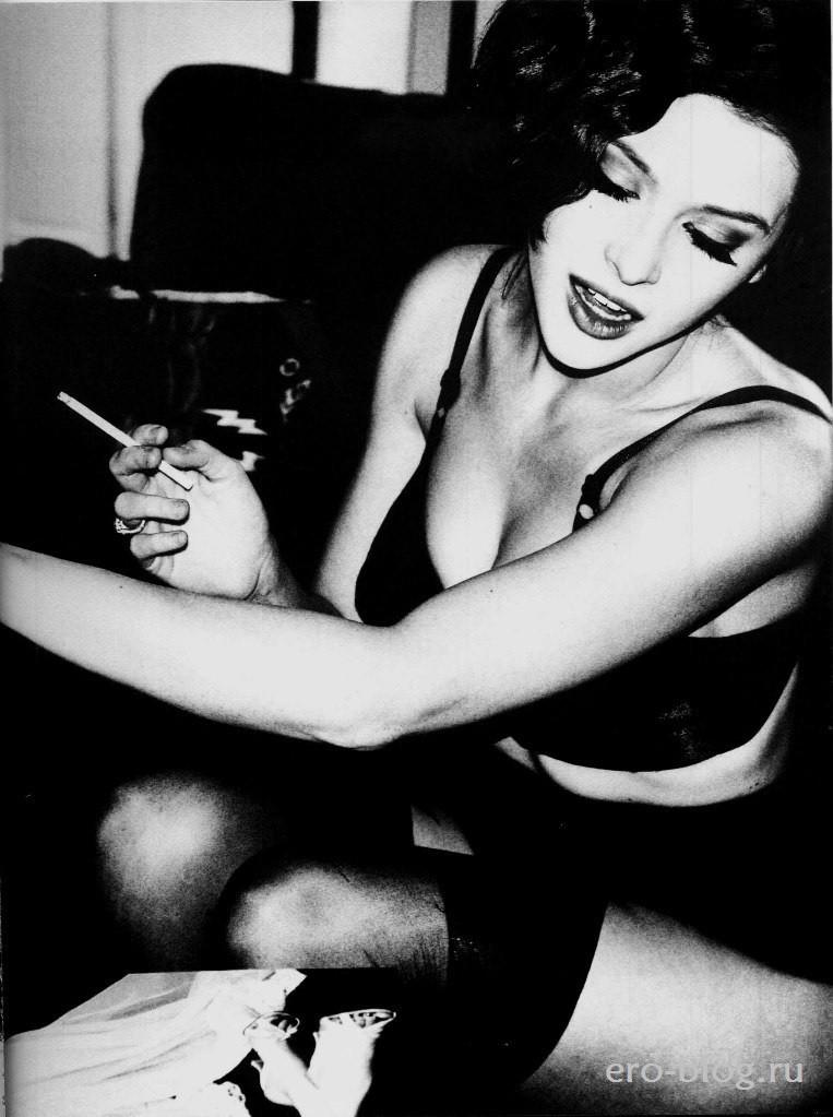 Голая обнаженная Renee Olstead | Рене Олстид интимные фото звезды