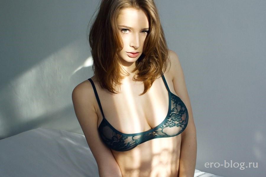 Голая обнаженная Emily Shaw | Эмили Шоу интимные фото звезды