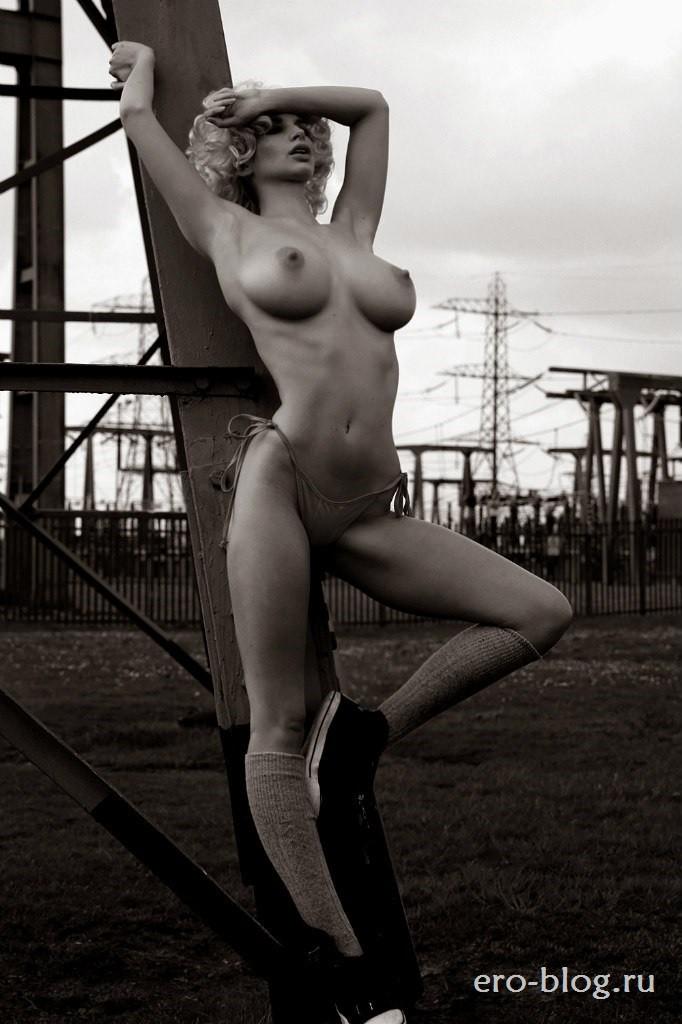 Голая обнаженная Эмили Шоу интимные фото звезды