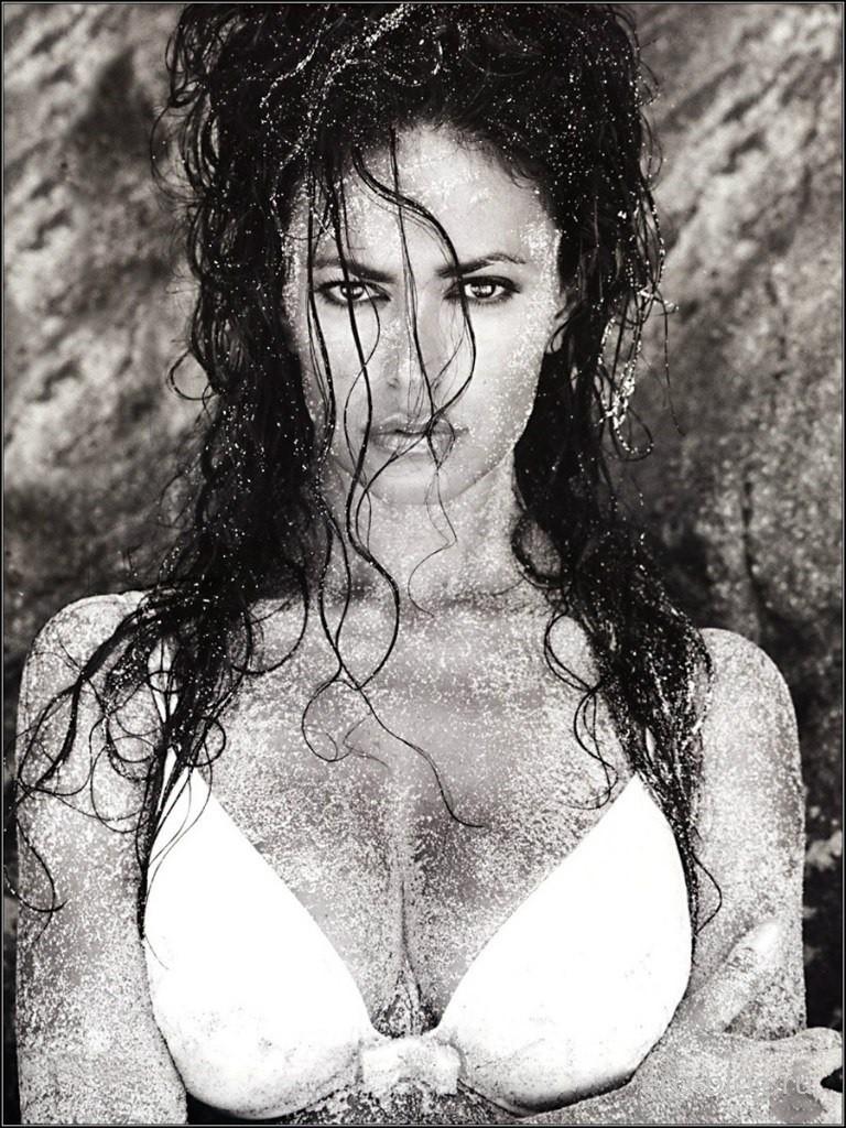 Голая обнаженная Maria Grazia Cucinotta | Мария Грация Кучинотта интимные фото звезды