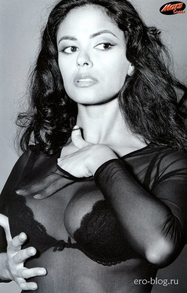 Голая обнаженная Мария Грация Кучинотта интимные фото звезды