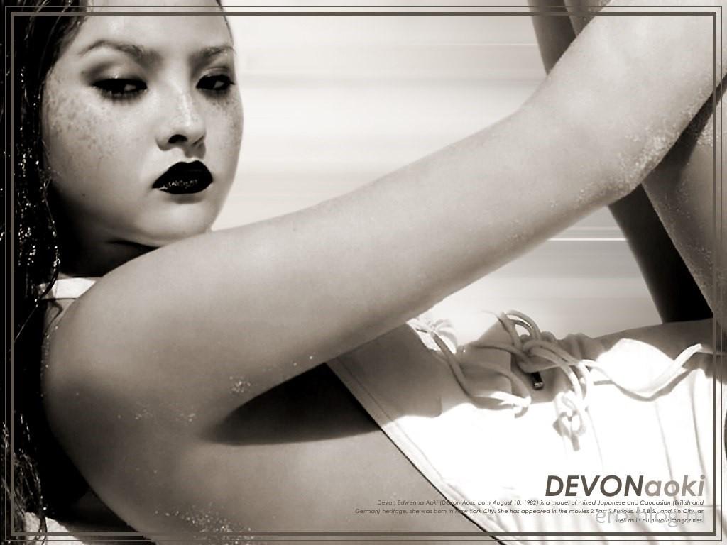 Голая обнаженная Devon Aoki | Дэвон Аоки интимные фото звезды