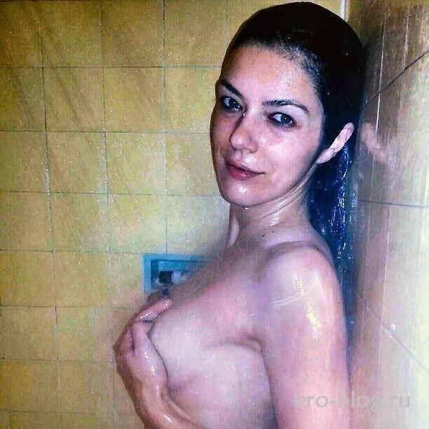 Голая обнаженная Эдрианн Карри интимные фото звезды