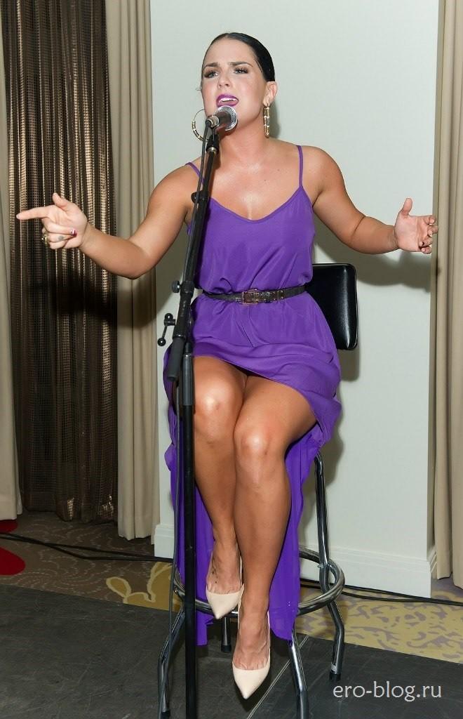 Голая обнаженная Joanna «JoJo» Levesque | Джоанна «ДжоДжо» Левески интимные фото звезды