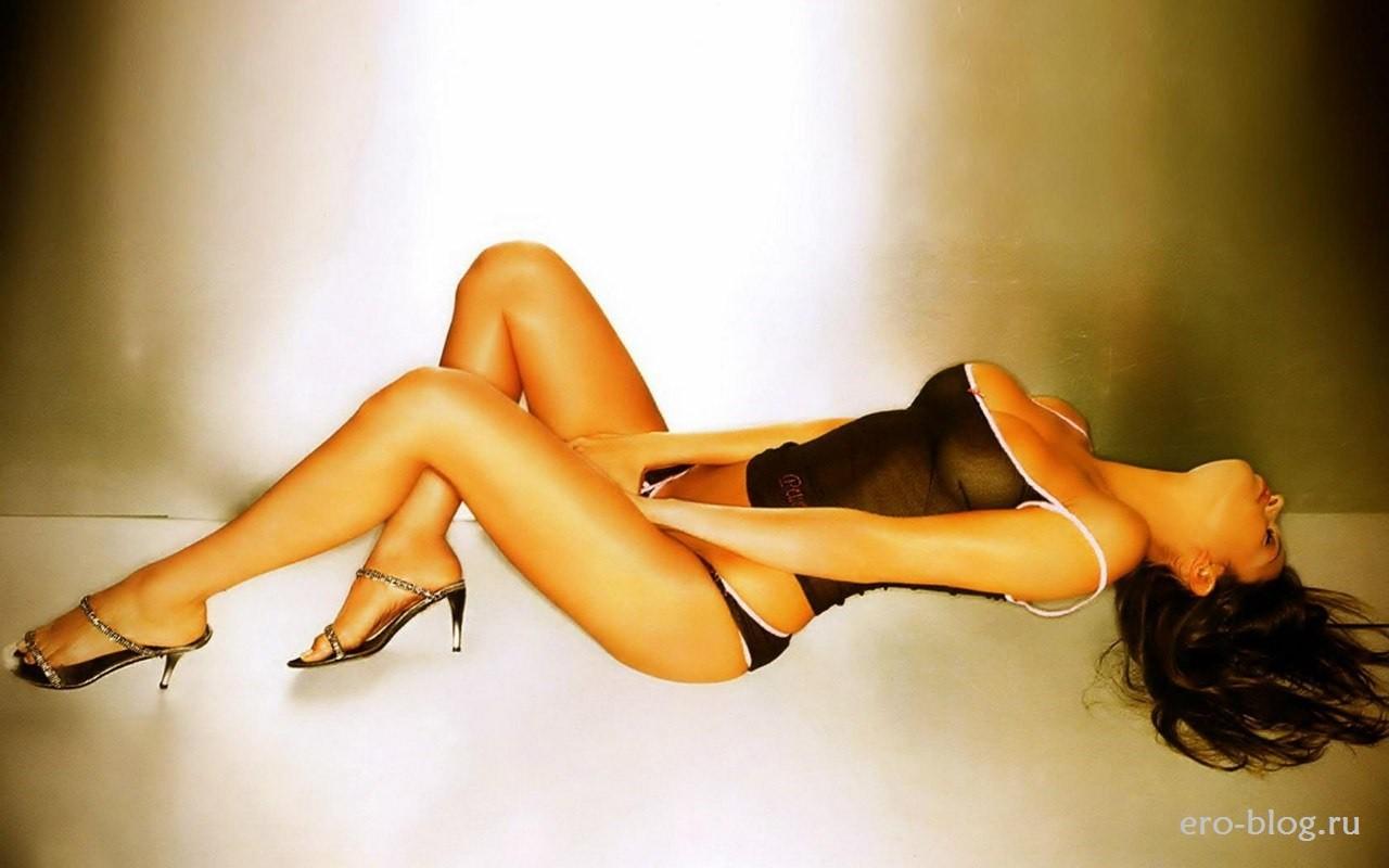 Голая обнаженная Sara Tommasi | Сара Томмази интимные фото звезды