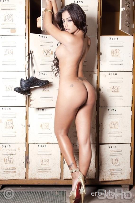 Голая обнаженная Larissa Riquelme | Лариса Рикельме интимные фото звезды