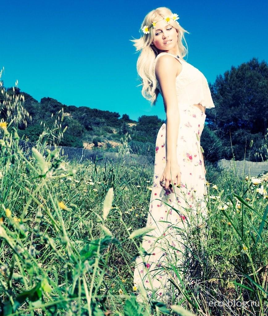 Голая обнаженная Pixie Lott | Пикси Лотт интимные фото звезды