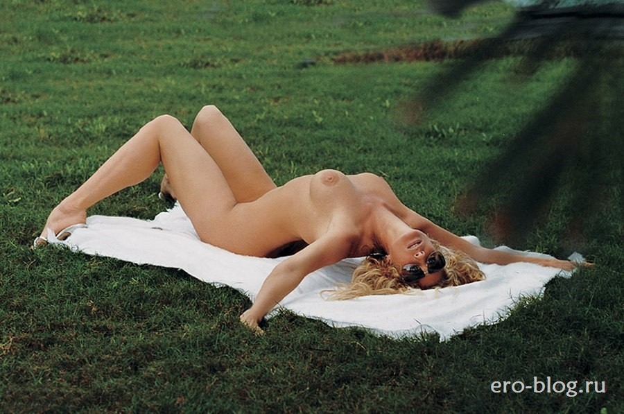 Голая обнаженная Рэйчел Хантер интимные фото звезды