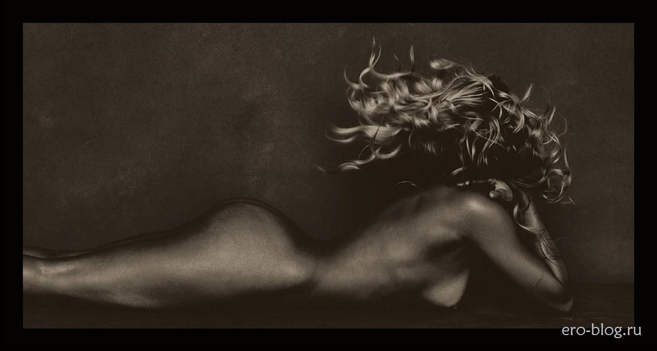 Голая обнаженная Кортни Кардашьян интимные фото звезды