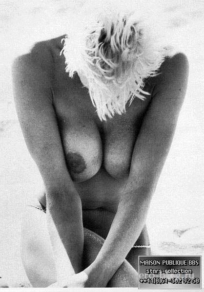Голая обнаженная Brigitte Nielsen | Бриджит Нильсен интимные фото звезды