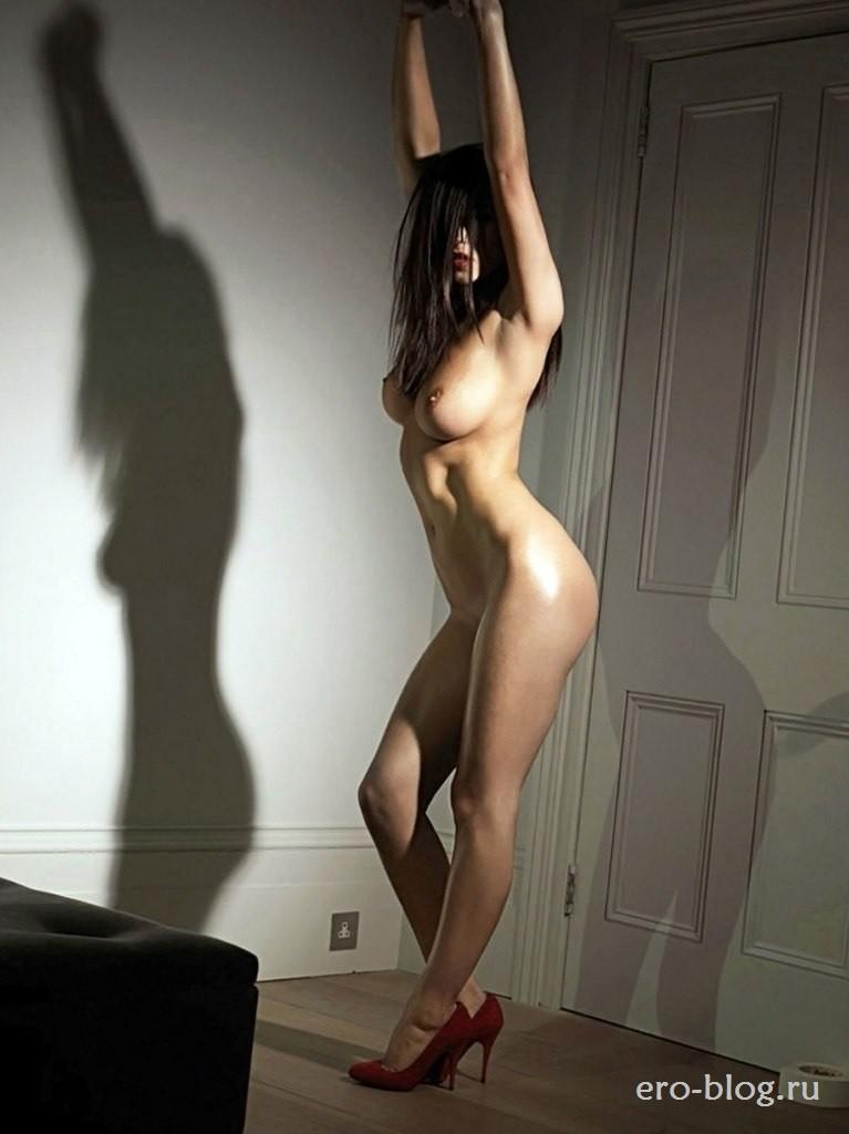 Голая обнаженная Rosie Jones | Рози Джонс интимные фото звезды