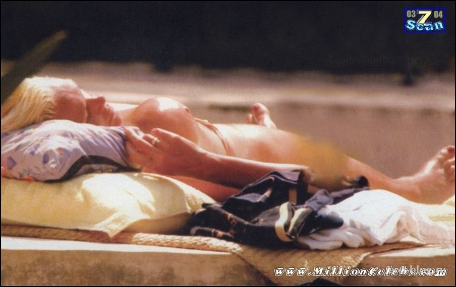Голая обнаженная Бриджит Нильсен интимные фото звезды