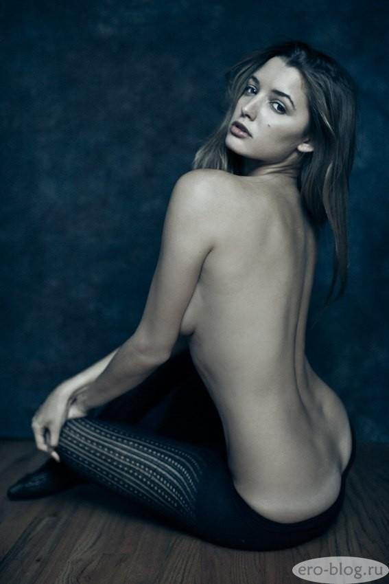 Голая обнаженная Алисса Арс интимные фото звезды