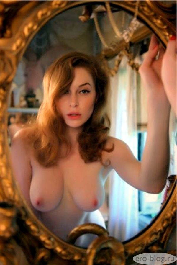 Голая обнаженная Esmé Bianco | Эсме Бьянко интимные фото звезды