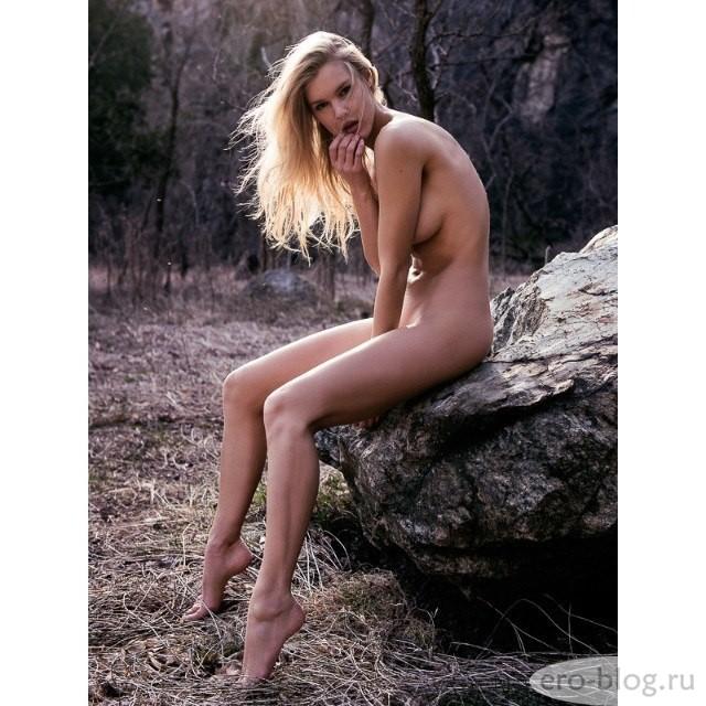 Голая обнаженная Joy Corrigan | Джой Корриган интимные фото звезды