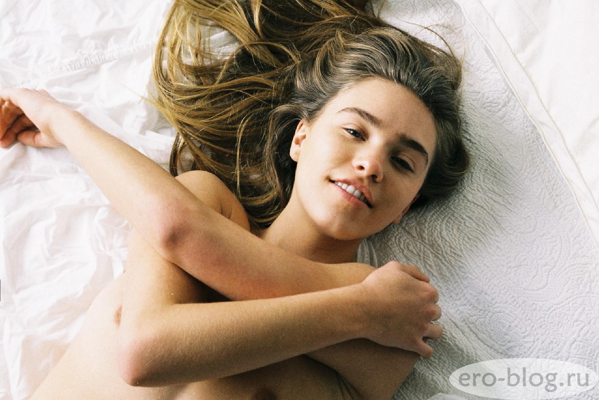 Голая обнаженная Zoe Cross | Зои Кросс интимные фото звезды