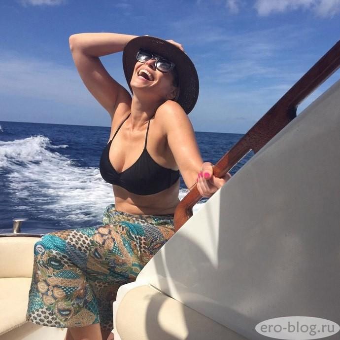 Голая обнаженная Chelsea Handler | Челси Хэндлер интимные фото звезды