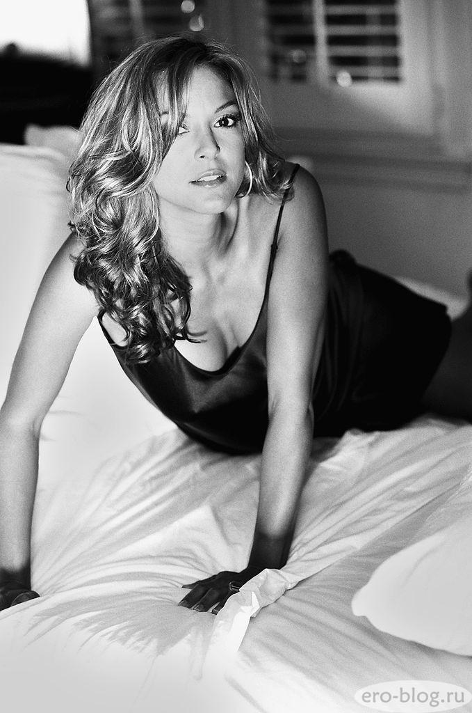 Голая обнаженная Eva LaRue | Ева Ларю интимные фото звезды