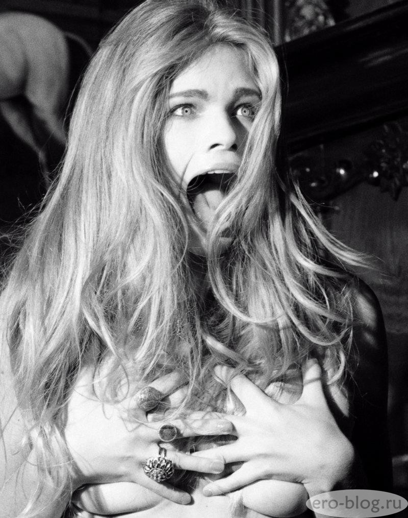 Голая обнаженная Валери ван дер Грааф интимные фото звезды